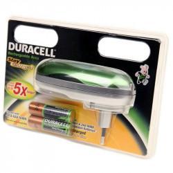 Портативное простое зарядное устройство DURACELL CEF20 EU Stay Charged в комплекте с 2 аккумуляторами