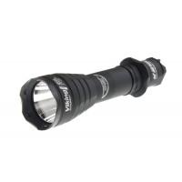 Фонарь Armytek Dobermann Pro XHP35 HI (тёплый свет) черный безель